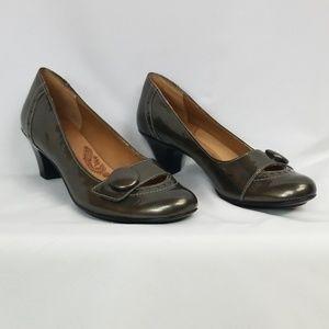 Sofft shiny dark green Mary Jane heels, sz8M